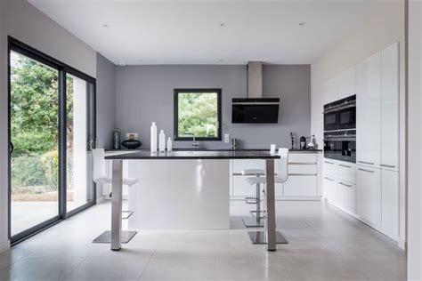 baie de cuisine baie vitrée inspiration pour un intérieur lumineux