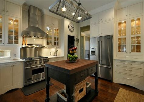 in style kitchen cabinets 146 small closed kitchen designs kitchen remodel designs 4651