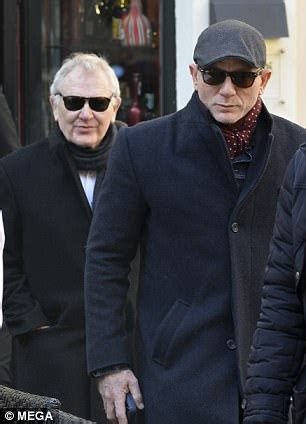 James Bond star Daniel Craig is spotted in Rome | Daily ...