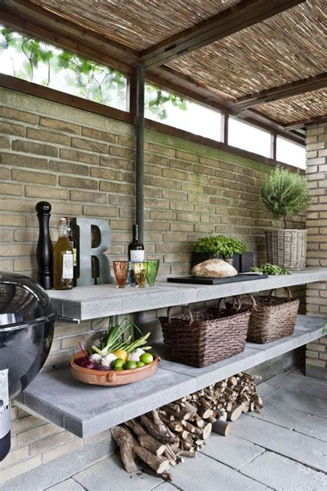 Simple, Stylish Outdoor Kitchen Photo By Stuart Mcintyre