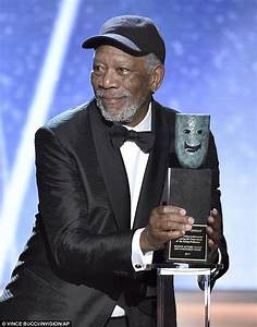 Morgan Freeman accepts SAG Lifetime Achievement Award ...