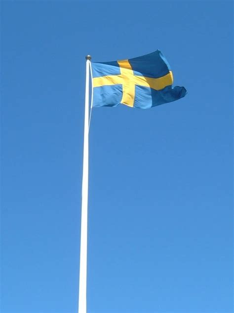picture swedish flag mast