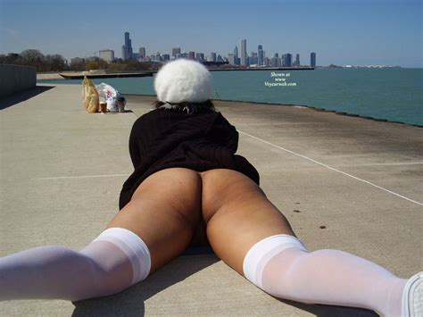 Bottomlesss Lying On Pier April 2007 Voyeur Web Hall