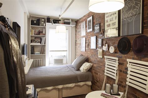 Mary Helen Rowell Uses Makespace To Live Happily In 90 Sq Ft