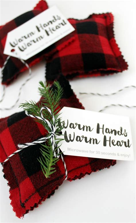 diy flannel hand warmers how to give back this holiday