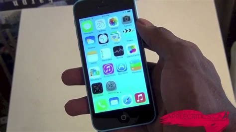 iphone 5c not working iphone 5c official unboxing and on blue 16 gb model