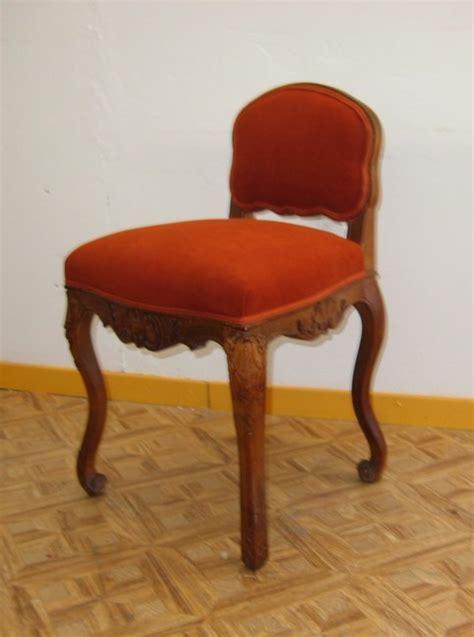 chaise coiffeuse catalogue tapissier decorateur lieux les lavaur