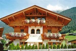 landhaus pinnis appartement fewo dusche oder bad wc balkon With markise balkon mit tapeten schlafzimmer landhaus