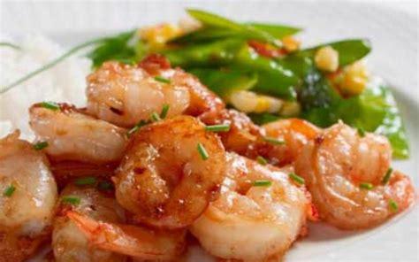 cuisine etudiant fr recette crevettes sautées à l 39 ail économique et rapide
