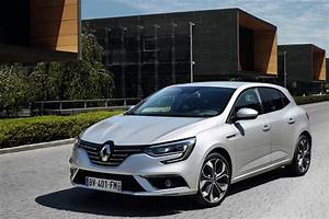 Voiture Hybride Rechargeable Renault : la renault megane hybride diesel sortira en 2017 ~ Medecine-chirurgie-esthetiques.com Avis de Voitures