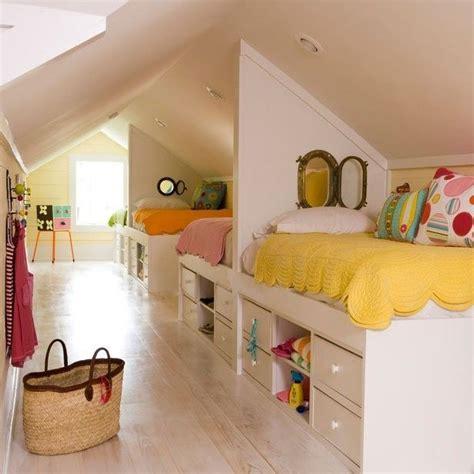 chambre sous les combles chambre enfant 31 idées de chambres sous les combles