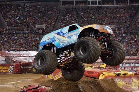 monster trucks videos 2013 hooked monster truck photos jacksonville monster jam 2013