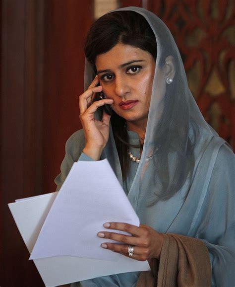 khar  lose portfolio  contradicting zardari rediff