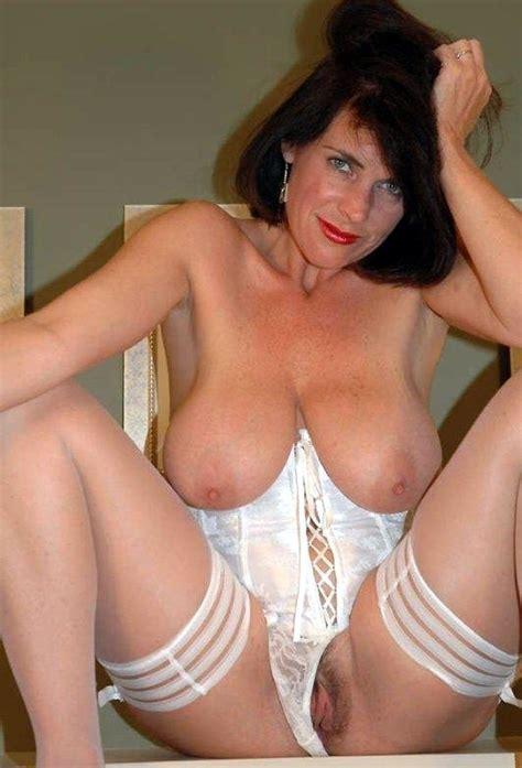 Mature Women Big Boobs Free Picks