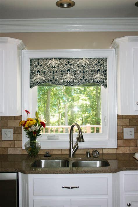 kitchen curtains and valances ideas kitchen window cornice ideas kitchen window valances
