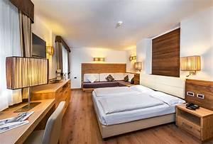 Smart, Room