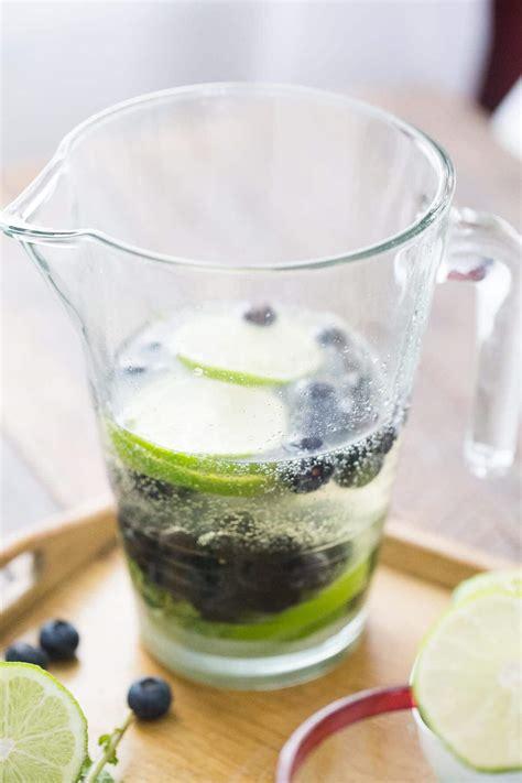 champagne blueberry mojitos lemons  lulu
