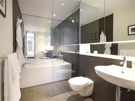 Modern Bathroom Tile Layout by Is Your Home A Shoebox June S Child