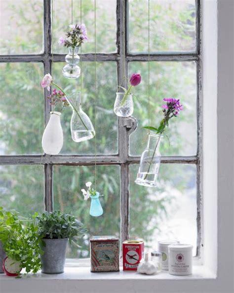 Fenster Sichtschutz Basteln by Kreative Fensterdeko H 228 Ngende Vasen Bild 9 Living At