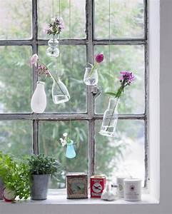 Fensterdeko Selber Machen : kreative fensterdeko h ngende vasen bild 9 living at home ~ Eleganceandgraceweddings.com Haus und Dekorationen