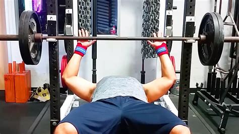 Tip 3 Bench Press Grips  T Nation