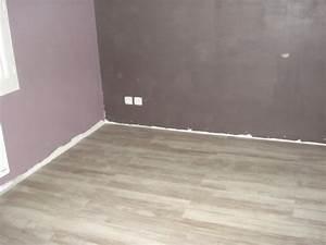 couleur de notre chambre avec le parquet fini les With couleur plinthe avec parquet
