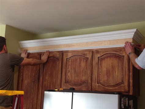 Kitchen Furniture Crown Molding For Kitchen Cabinets Lowes