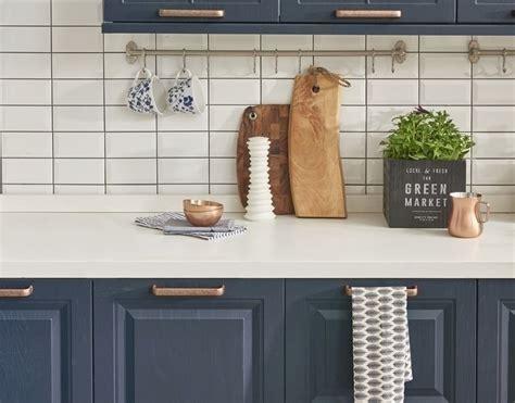 peinture placard cuisine rénov cuisine peinture meubles de cuisine et multi