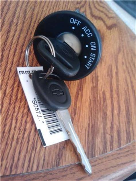 Chevy Malibu Ignition Lock Switch New Oem Keys