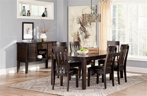 Casual Dining Room Group By Signature Design By Ashley