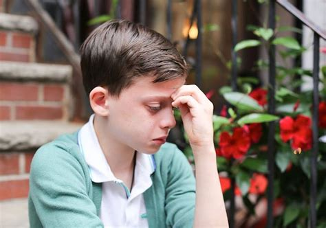 Humans of New York image of crying gay teen receives best response from Ellen DeGeneres | The ...