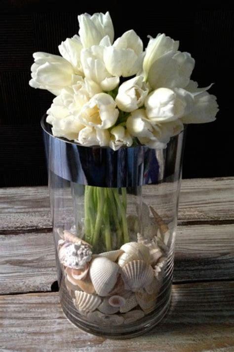 vase für tulpen 100 tolle ideen f 252 r tischdeko mit tulpen archzine net