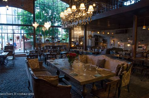 cuisine bistro the bistrot vintage cafe lounge restaurant seminyak