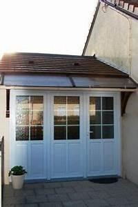 Porte d39entree et fenetre en alu couleur gris noir for Porte de garage coulissante et porte de service vitrée