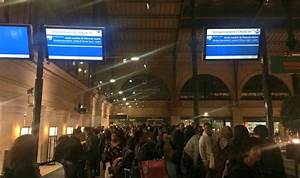 Gare Du Nord Evacuation : paris lockdown eiffel tower on lockdown and eurostar ~ Dailycaller-alerts.com Idées de Décoration