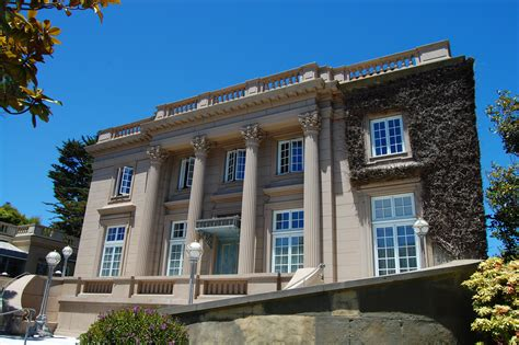 A Walk By The Greatest Mansions In San Francisco