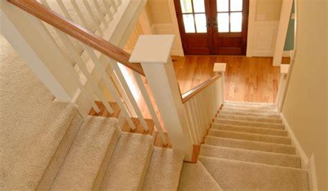 siege electrique pour escalier monte escalier électrique siège élévateur tournant