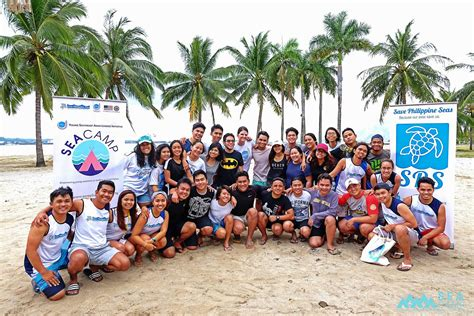 youth leaders conduct marine conservation projects