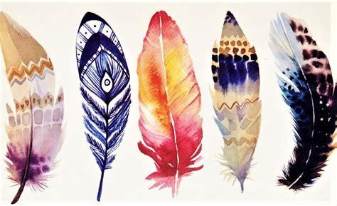 plumes en  couleurs pour  tatouage  porter avec