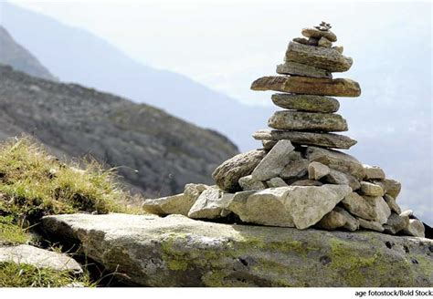 what is a rock cairn cairn dictionary definition cairn defined
