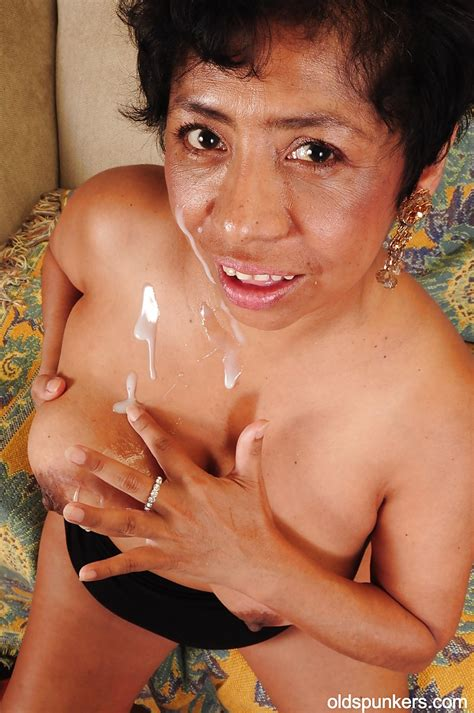Latina Mature With Big Tits Izabel Is Enjoying An Hardcore