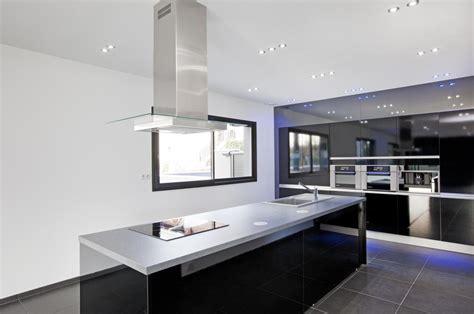cuisine et bains cuisine maison ultra contemporaine entre aix les bains et