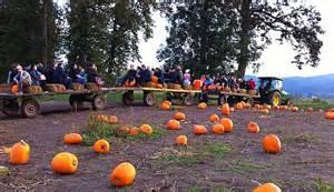 Fall Pumpkin Patch Hayride