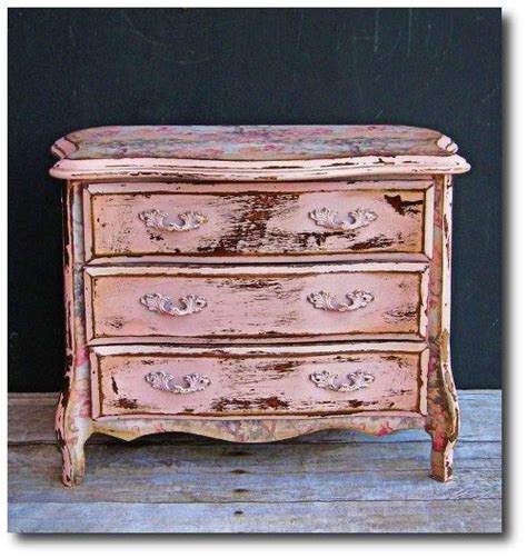 pink shabby chic furniture 1000 images about shabby chic dressers on pinterest vintage dressers distressed dresser and