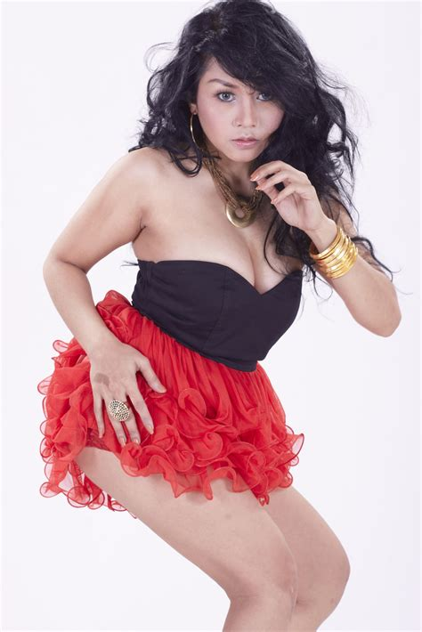Sarah Ardhelia Model Nakal Indonesia Hot Pict Artis
