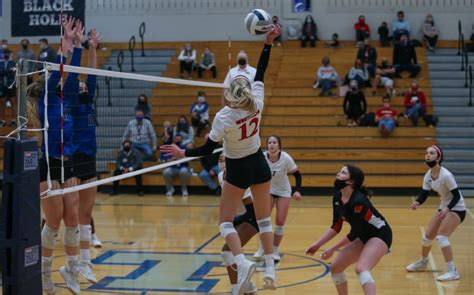 Recap: Volleyball Season Ends at Districts; Looking ...
