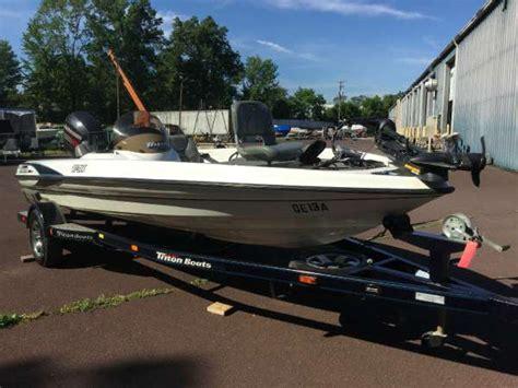 Triton Boats Linkedin by 2002 Used Triton Boats Tr186 Bass Boat For Sale 13 995