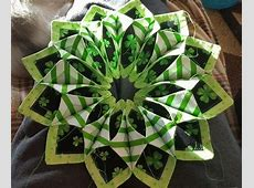 17 Best images about Fold n' Stitch Wreath on Pinterest