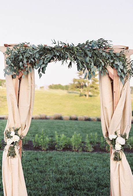 25 Fantastic Outdoor & Indoor Wedding Ceremony Altar