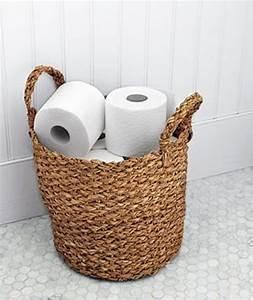 Panier Papier Toilette : 26 cool ways to use baskets at home decor shelterness ~ Teatrodelosmanantiales.com Idées de Décoration